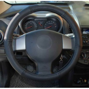 CP10063 Roolikate/42-44mm MUSTОбложка рулевого колеса накладной руль (кожа, диаметр: 42-44см), Черный